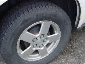 Pneus simétricos possuem menor desempenho em pista molhada  Foto: The Tire Zoo via Visualhunt / CC BY