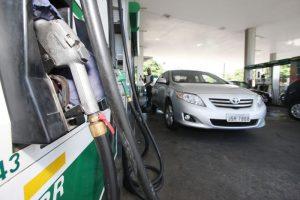 Ibametro realiza fiscalização surpresa em postos de gasolina de Salvador Na foto: Foto: Adenilson Nunes
