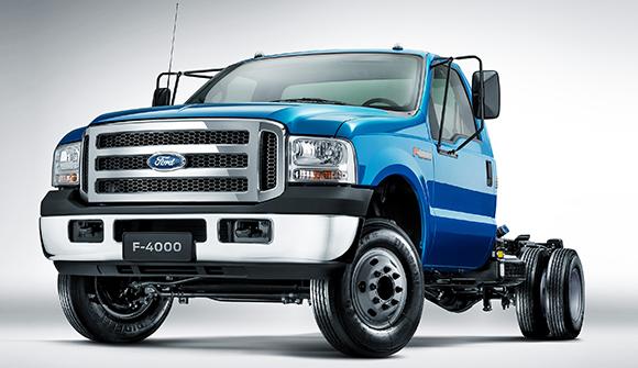 Ford comunica recall de caminhão por problema na mangueira do freio