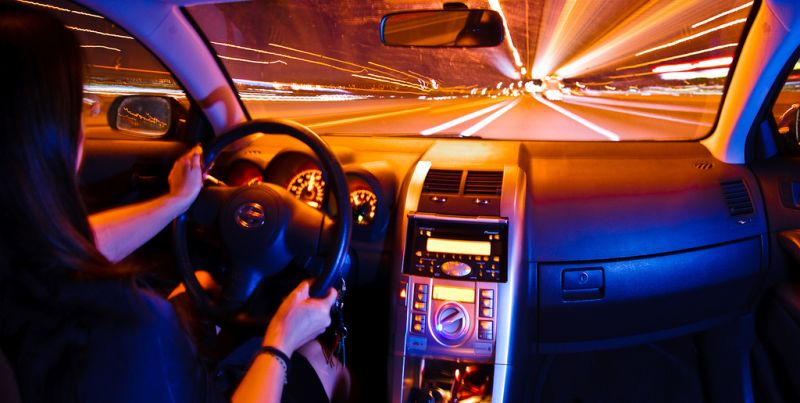 Velocidade, troca das marchas e revisões: veja dicas para economizar combustível