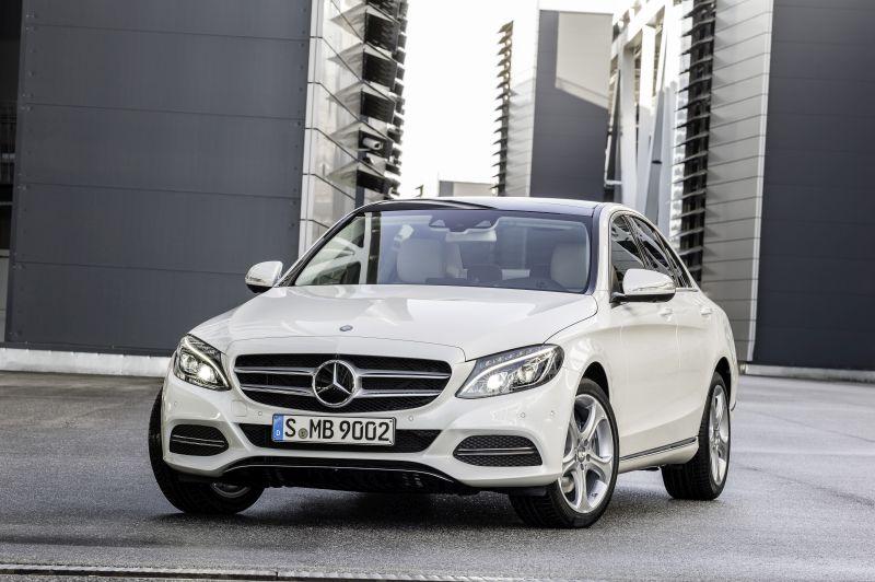 Recall: Mercedes-Benz C 180 é convocado por problema nos cintos de segurança