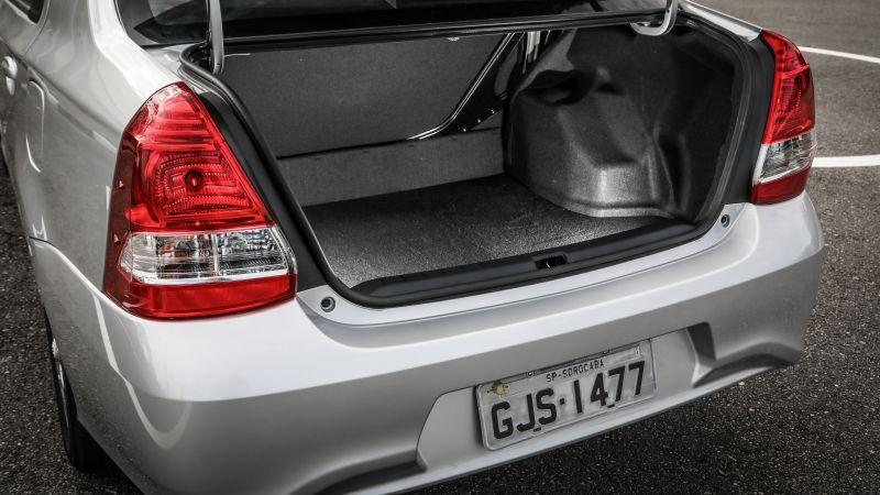 Precisa de espaço? Veja qual é a capacidade do porta-malas dos carros que rodam no Brasil
