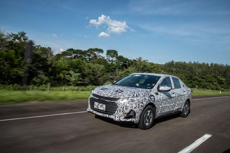 Chevrolet confirma novo Onix sedã no Brasil para este ano