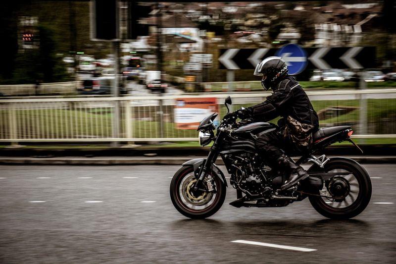 Maio Amarelo: 12 dicas de segurança para motociclistas
