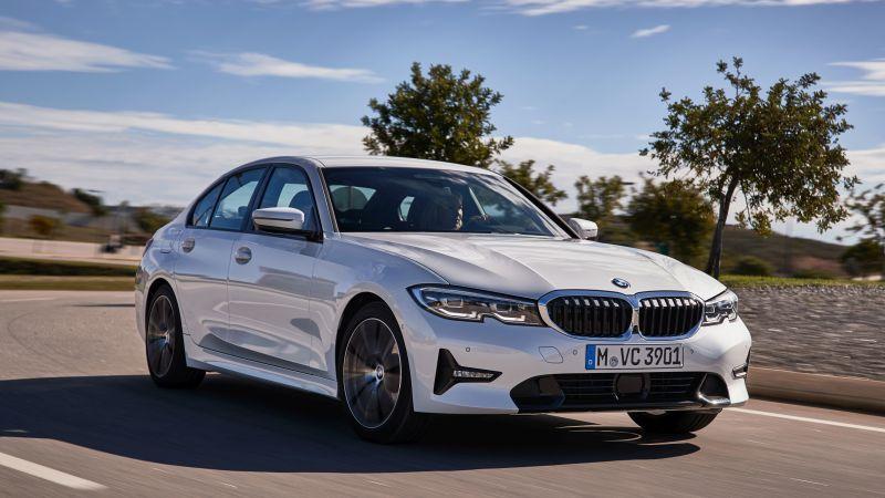 BMW Série 3 recebe versão 320i no Brasil