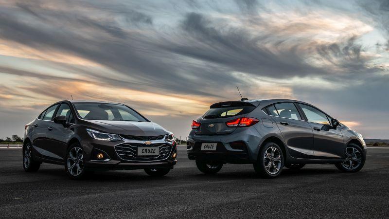 Chevrolet lança Cruze reestilizado e com Wi-Fi na versão Premier