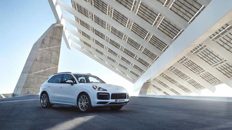 Recall: Porsche chama Panamera e Cayenne por problema em bucha de plástico