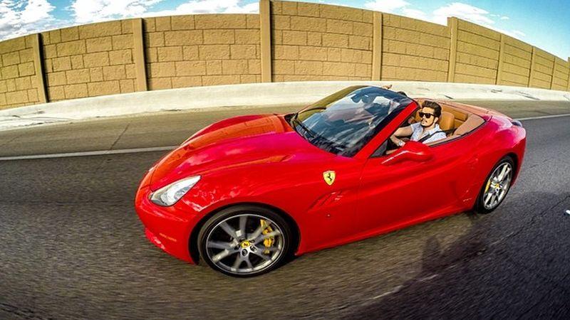 De Luan Santana a Lewis Hamilton: veja os carros dos famosos