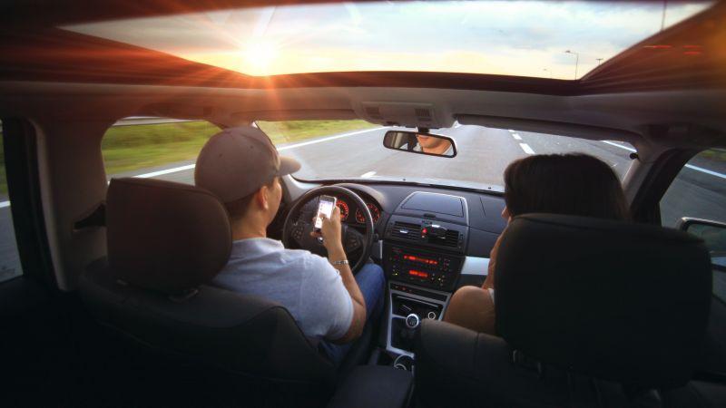 Veja quais são os riscos da distração ao volante
