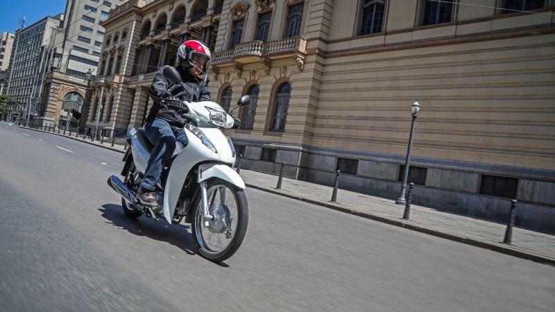 Honda Biz 110i é lançada no Brasil por R$ 8.150