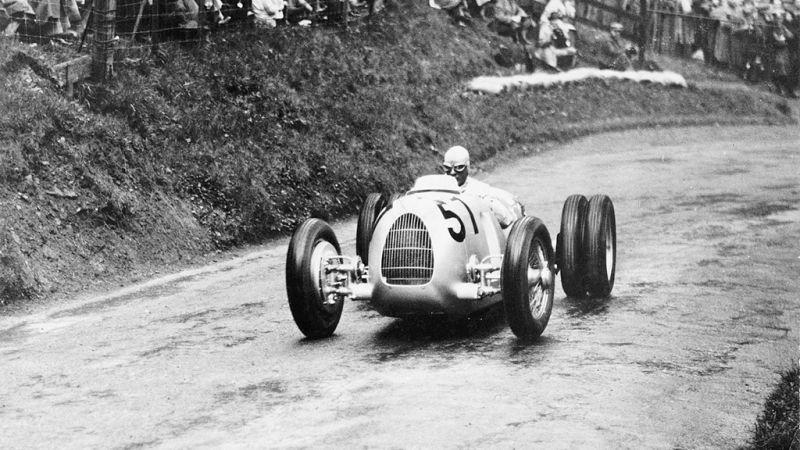 Início do automóvel: veja fotos dos primeiros carros da história