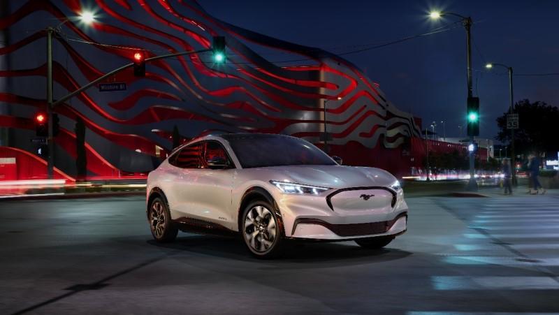 Mustang Mach-E, SUV elétrico da Ford, é apresentado; modelo chega ao mercado no final de 2020