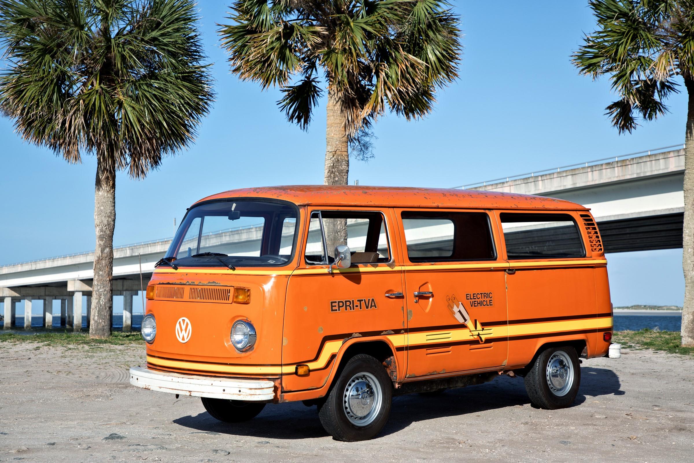 Essa VW Kombi elétrica viveu o futuro em 1979