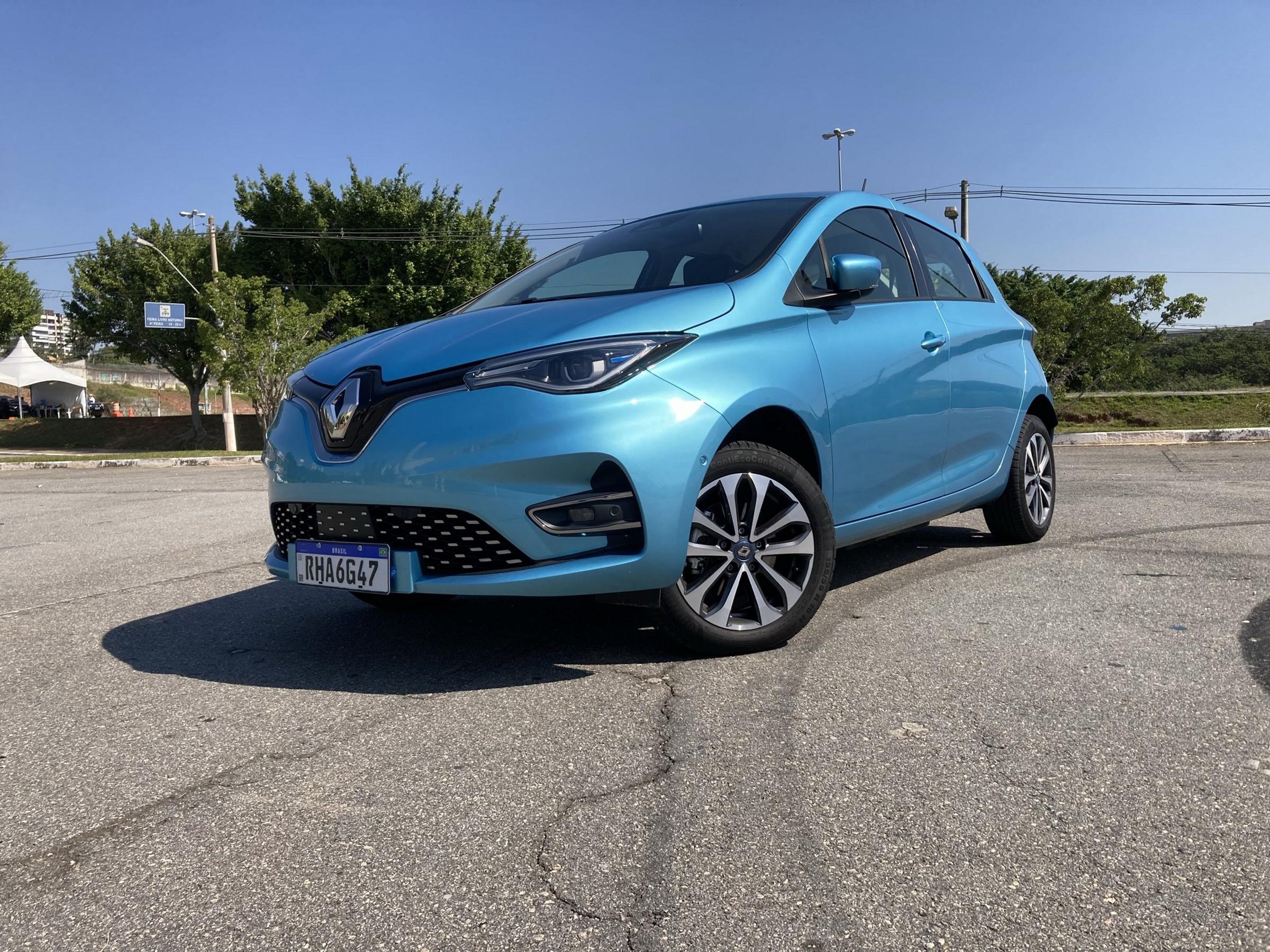 Andamos no novo Renault Zoe com direito a viagem rápida e trânsito preocupante