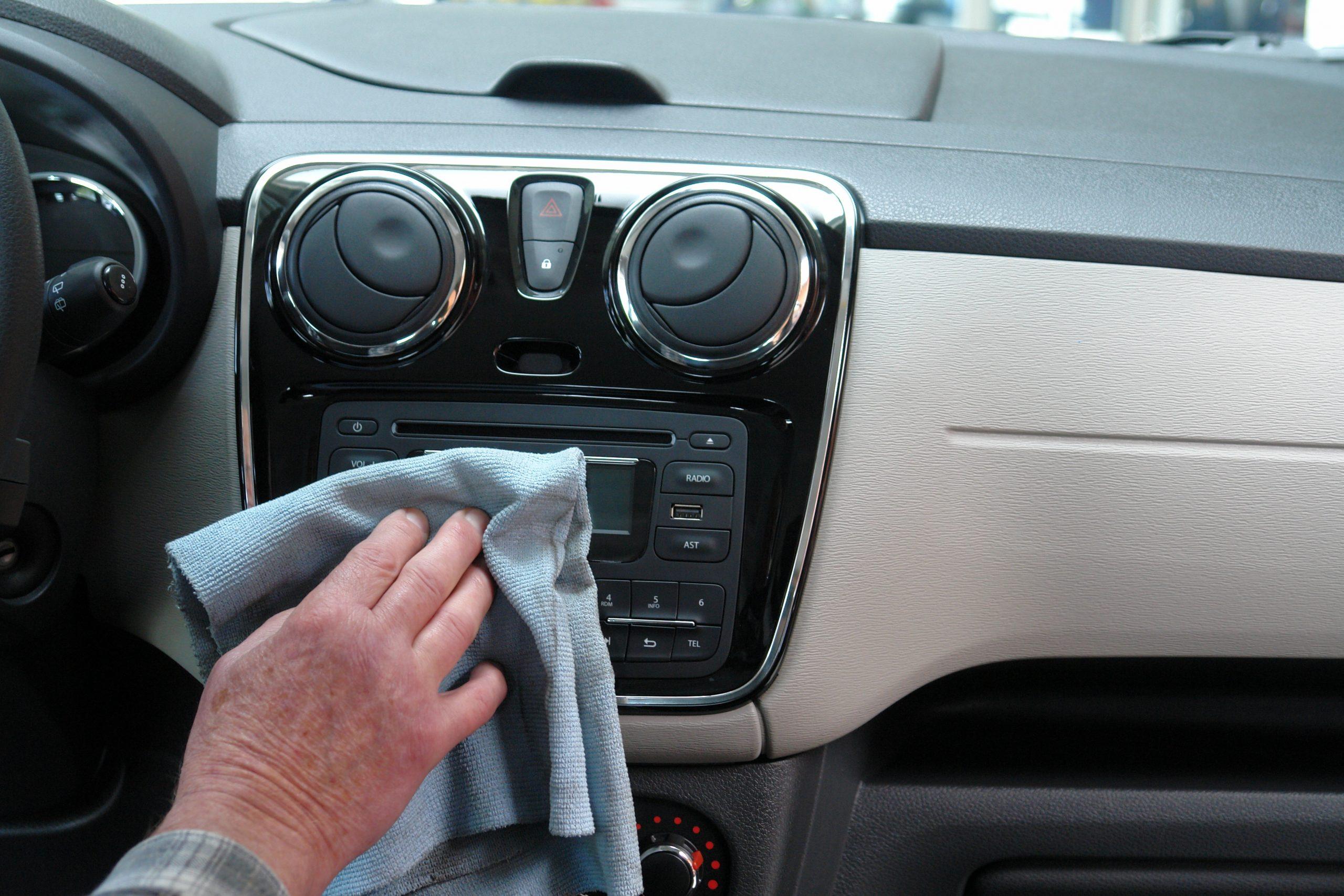 Dicas para limpar corretamente o carro