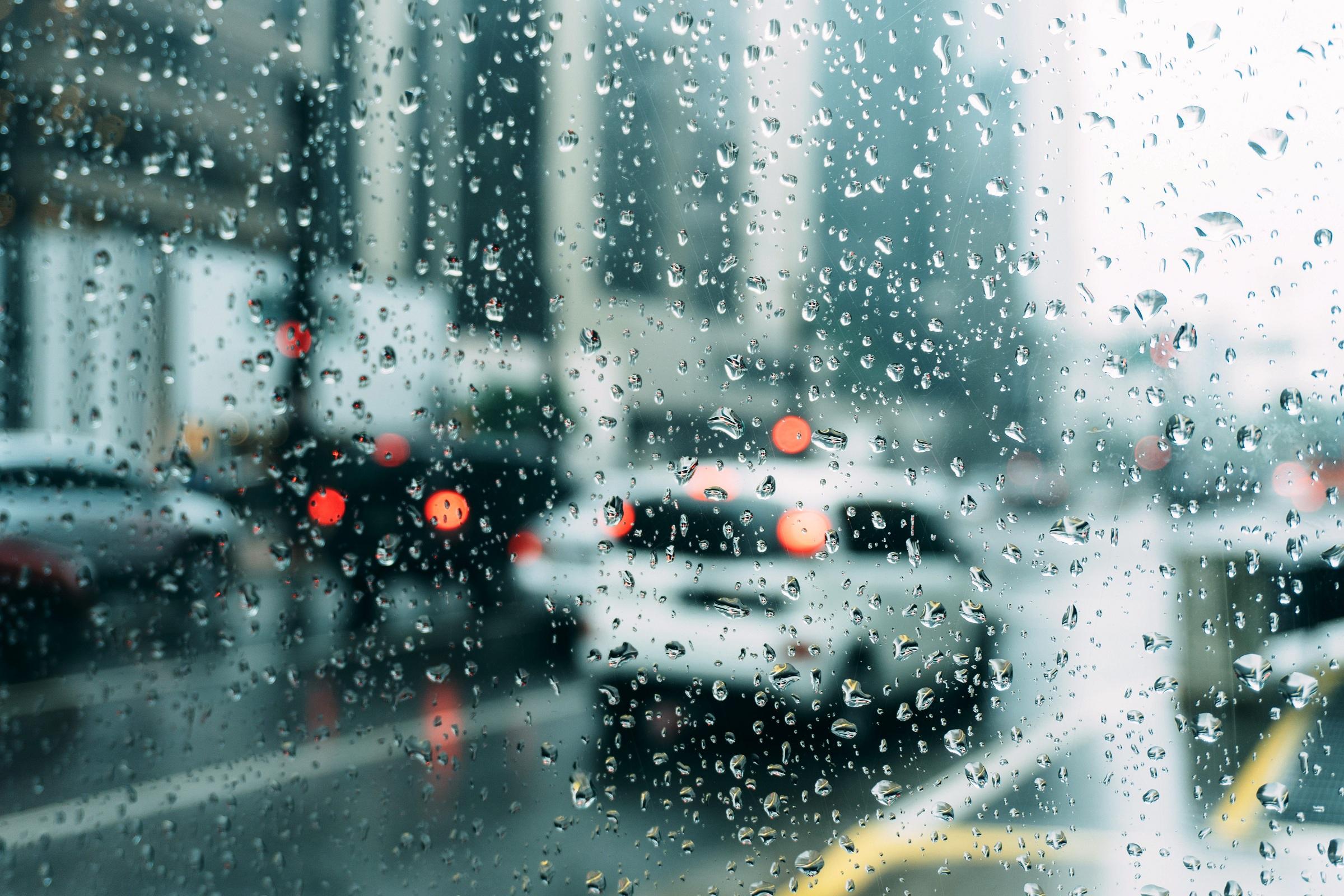 chuva de granizo no carro