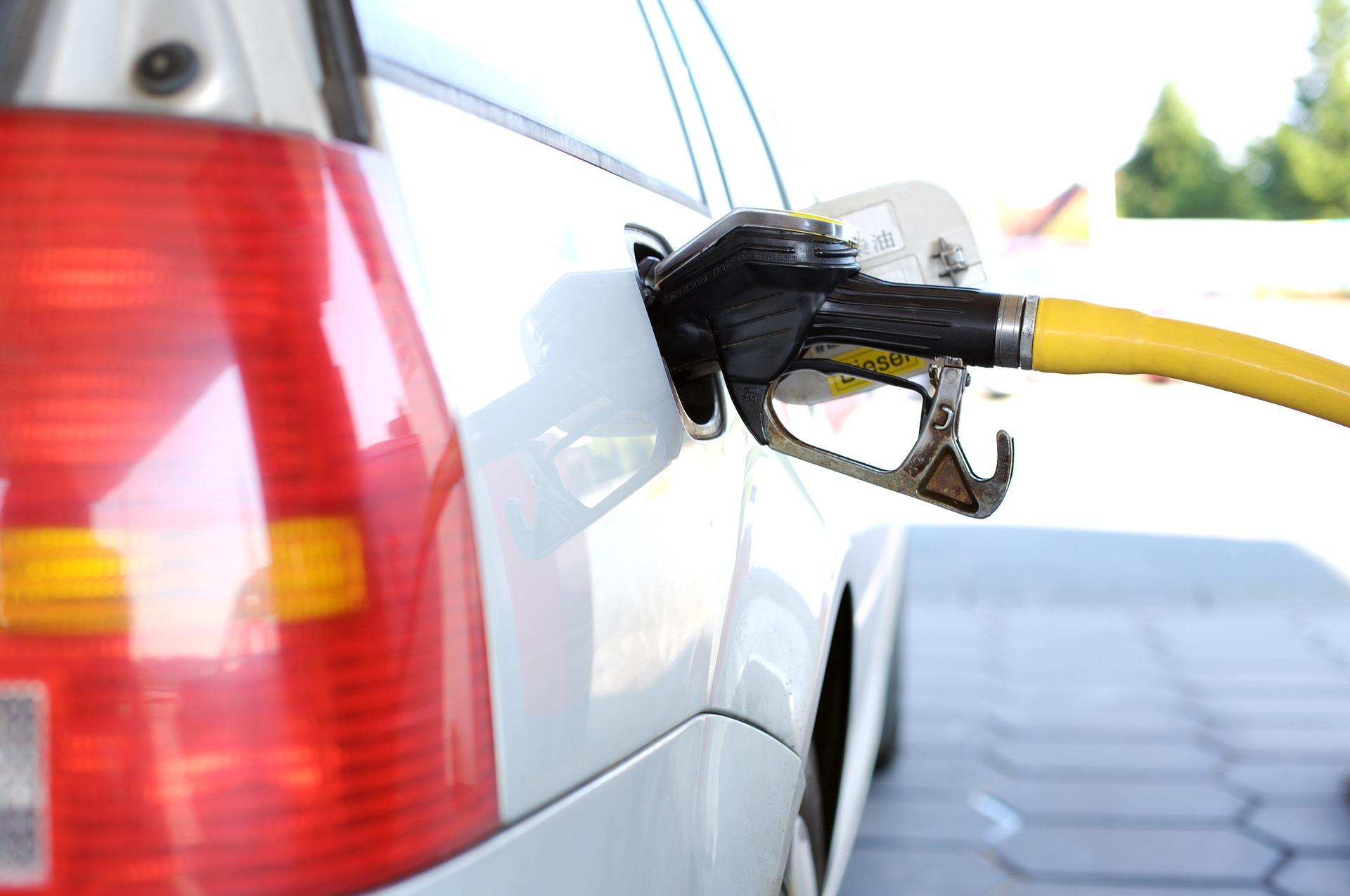 Dicas para reduzir o consumo frente à alta dos combustíveis