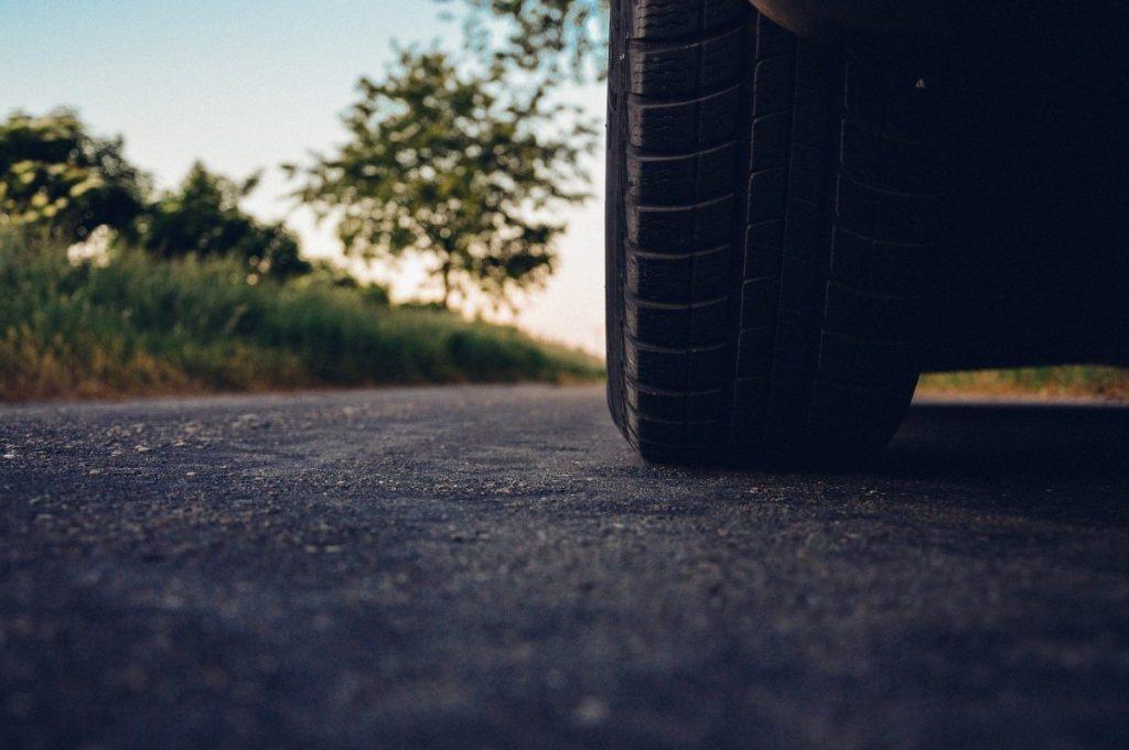 dicas de cuidados com carros parados por muito tempo