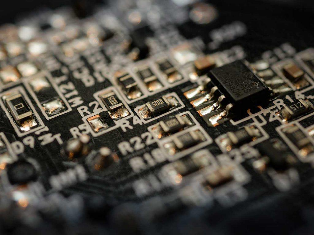 falta de semicondutores pode impactar as vendas de carros