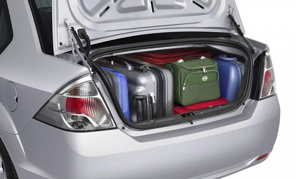 Porta-malas: veja como é feita a medição da capacidade das bagagens
