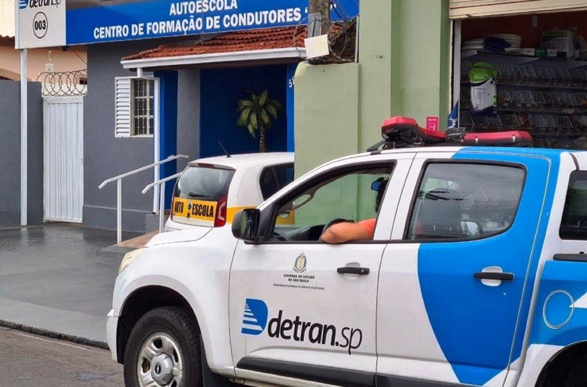 """Detran SP investe na fiscalização contra """"alunos fantasmas"""" em CFC's"""
