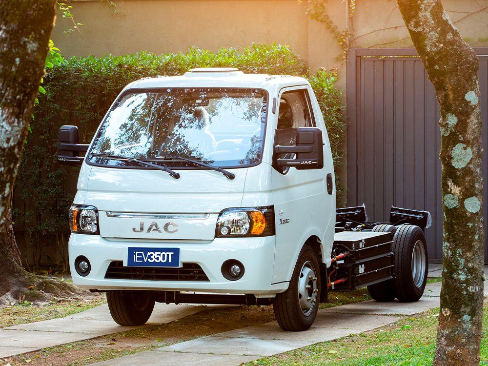 JAC iEV 350T