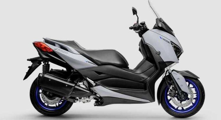 Moto Yamaha XMax 250 2022