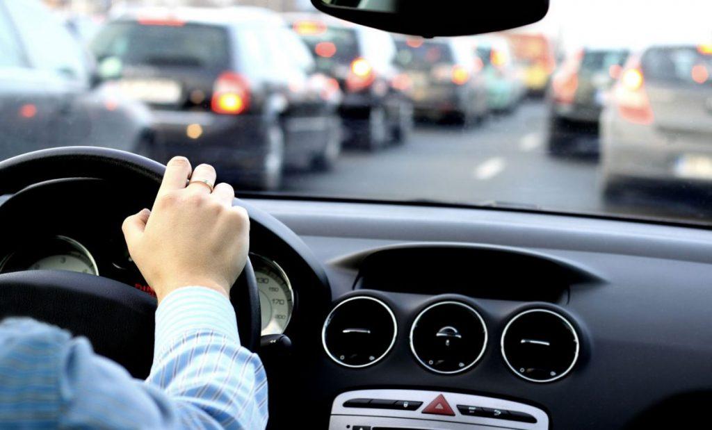 carros com câmbio manual