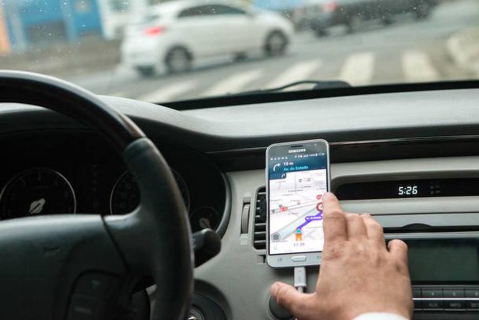 pesquisou e levantou alguns dos aplicativos para carros mais usados no Brasil