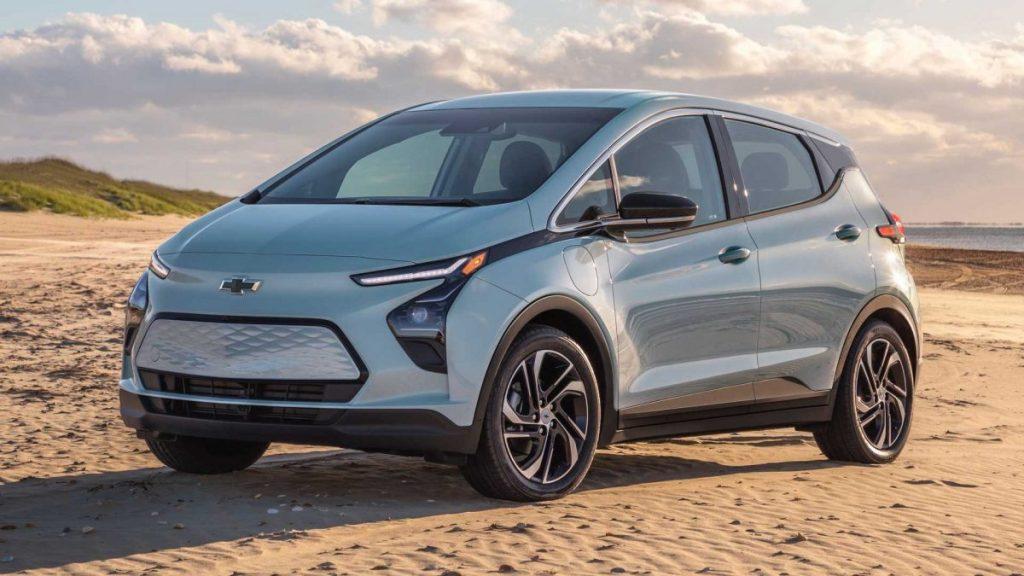 Novo Chevrolet Bolt EV deve chegar em setembro ou outubro no Brasil