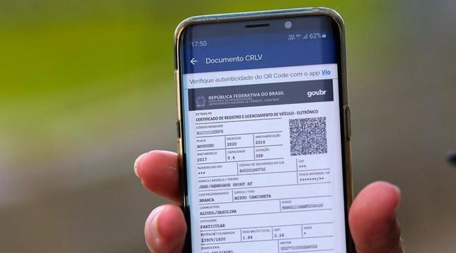 Documento de transferência de veículos vai poder ser assinado pelo app Carteira Digital de Trânsito