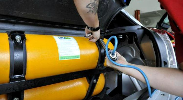 MT aprova isenção de IPVA para carros de motoristas de App que usam GNV