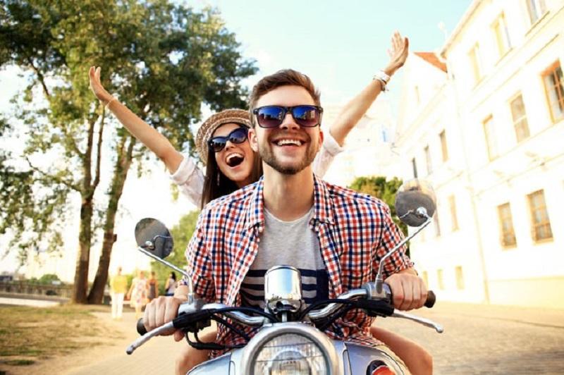 Mercado Livre (ML), em um levantamento, apurou que a intenção dos brasileiros em comprar motosaumentou cerca de 65% em agosto de 2021 em comparação com mês julho