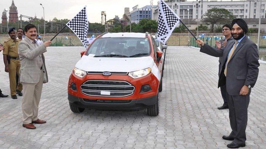 A partir do mês de outubro desse ano, então, a Ford já prevê portas fechadas para as suas duas fábricas na Índia
