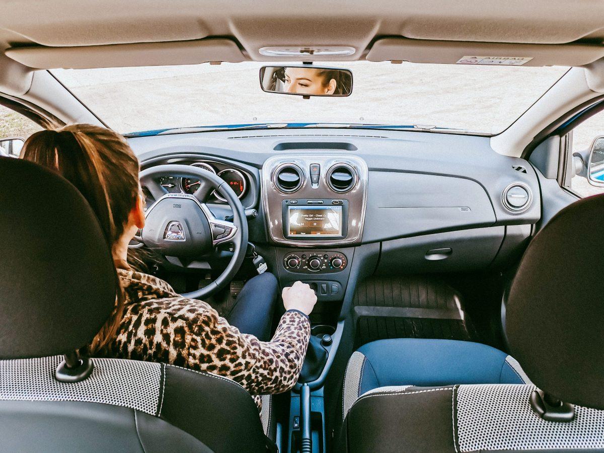 PL prevê CNH apenas para carros com câmbio automático
