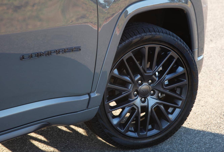 o Jeep Compass é responsável por 70% das vendas de seu segmento.