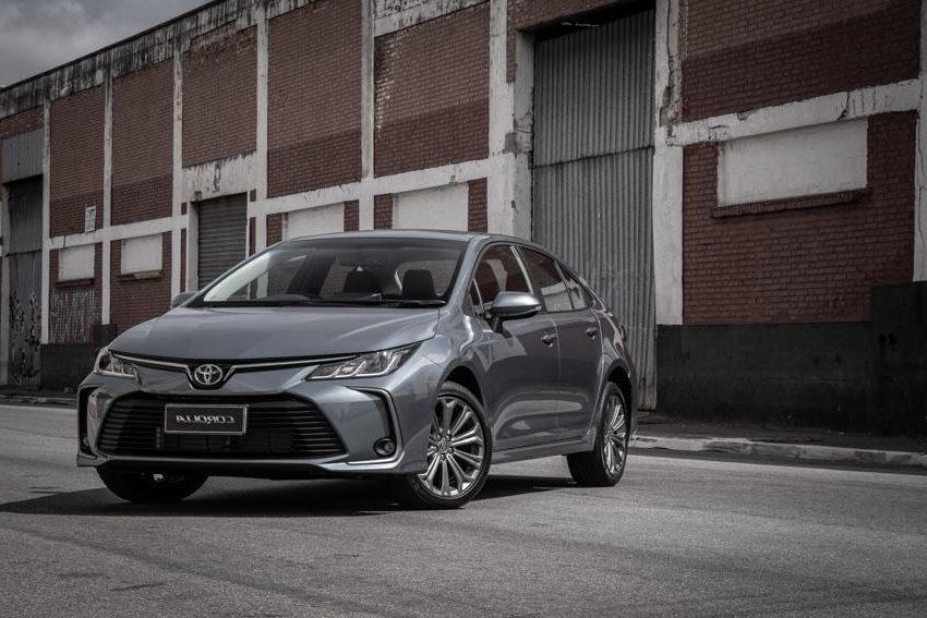 A Toyota também aparece bem classificada ocupando o terceiro lugar no ranking de marcas mais valorizadas no segmento de seminovos