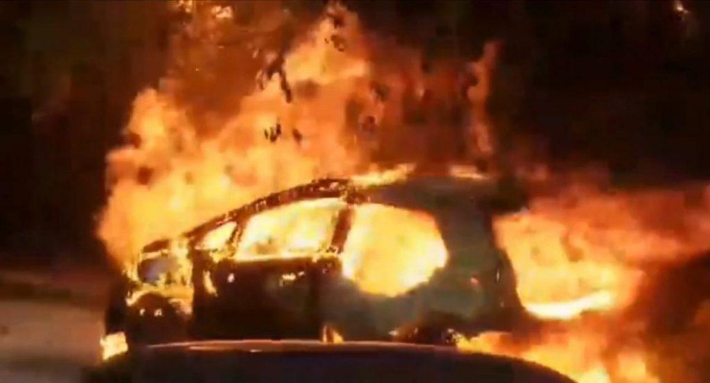 chevrolet bolt em chamas