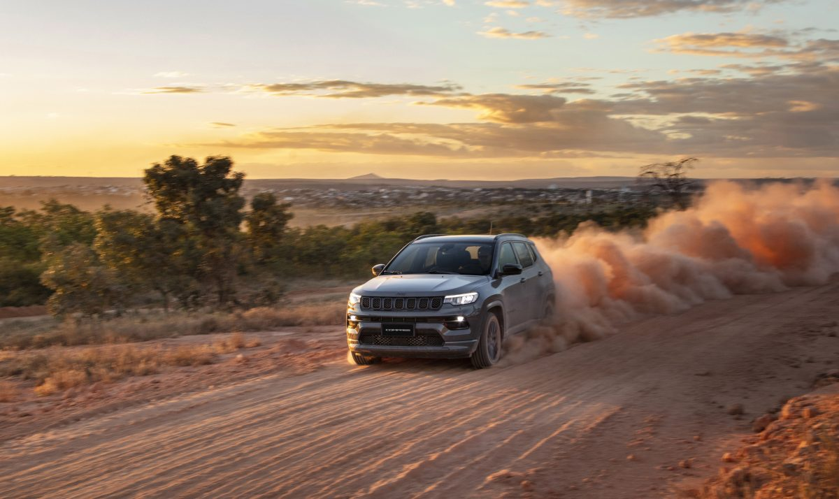 Novo Jeep Compass conquista segundo lugar no ranking de automóveis brasileiro, posição inédita em sua história