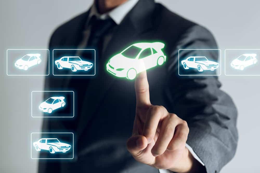 Saiba como evitar golpes na hora de comprar um carro pela internet