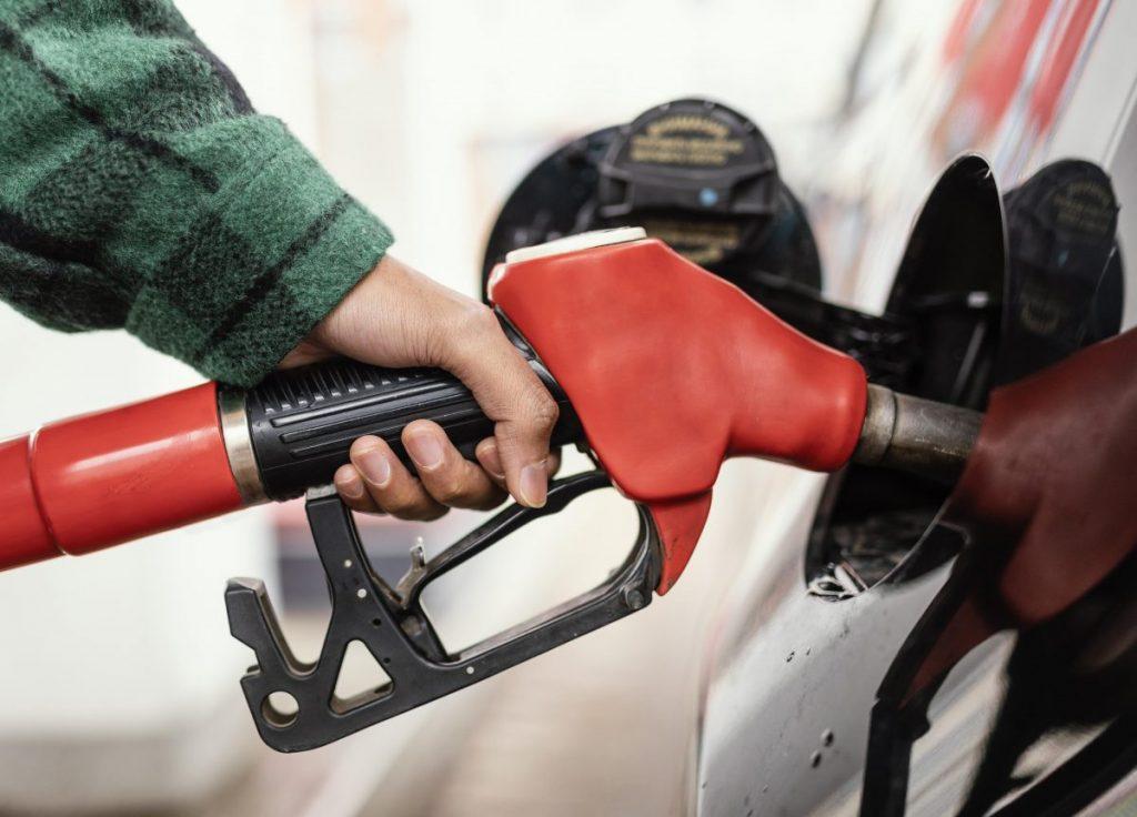 gasolina registra alta no início de outubro